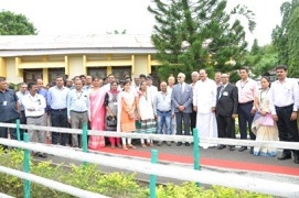 Hon'ble Vice President, Shri M. Venkaiah Naidu interacted with KVK scientists and farmers at Port Blair